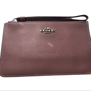 COACH GLOSSY PATENT LEATHER WRISTLET ZIP WALLET